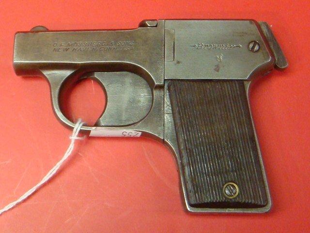 MOSSBERG, Brownie 22 CAL Four Barreled Pocket Pistol: