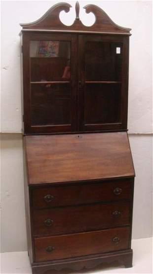 Basic Early 20th C. Walnut Secretary/Bookcase: