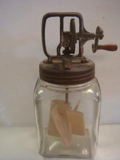 DAZEY Glass and Hexagonal Wooden Butter Churns: - 3