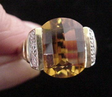 14: Yellow Citrine and Diamond Ring in Yellow Gold: