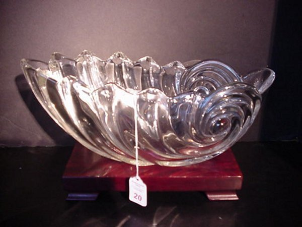 20: Lead Crystal Shell Bowl on Wooden Stand: