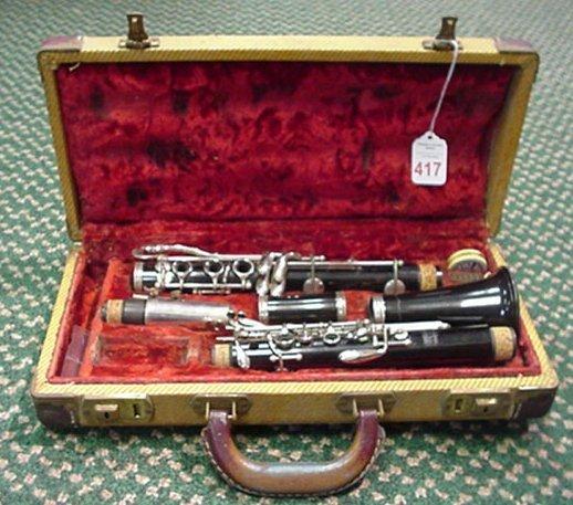 417: Bundy Clarinet in Original Case: