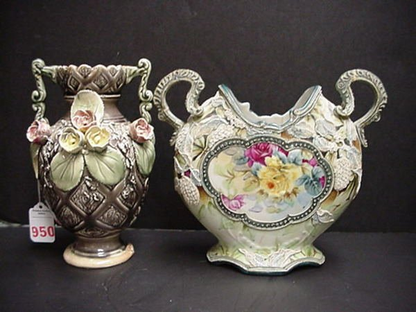 950: Majolica and Nippon Painted Vases: