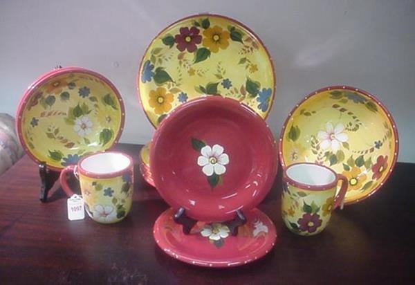 1097: Farberware Stoneware English Garden Dinnerware: