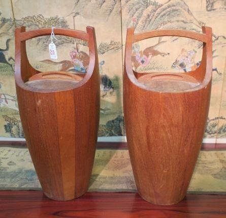 Pair of Wooden Insulated Jugs with Lids and Handles.