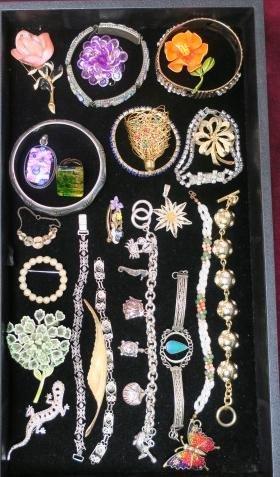 Ladies Costume Jewelry Bracelets, Pins And Pendants: