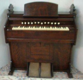 Estey Organ Co. Reed Pump Organ: