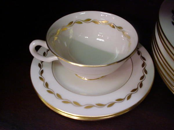 11, 40 Piece Service for 6 Lenox Golden Wreath Dinnerwa