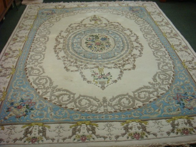 Plush Sculpted Blue & White Rug with Floral Motif: