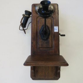 1902 Kellogg Oak Box Wall Telephone: