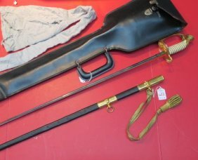 Us Naval Officer's Sword With Cover & Leather Case: