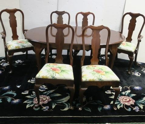 PENNSYLVANIA HOUSE Solid Cherry Table with 6 Chairs: