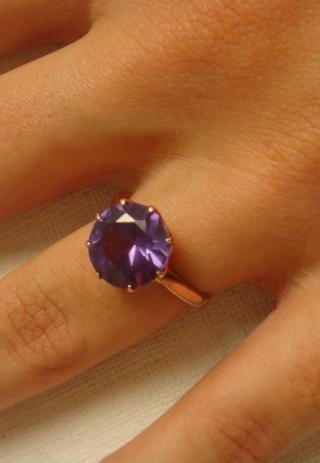 10KT Hallmarked Alexandrite Ring: