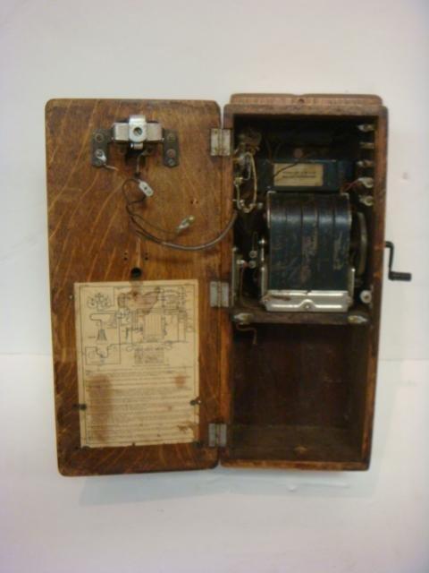Vintage Tiger Oak Wall Phone: - 2