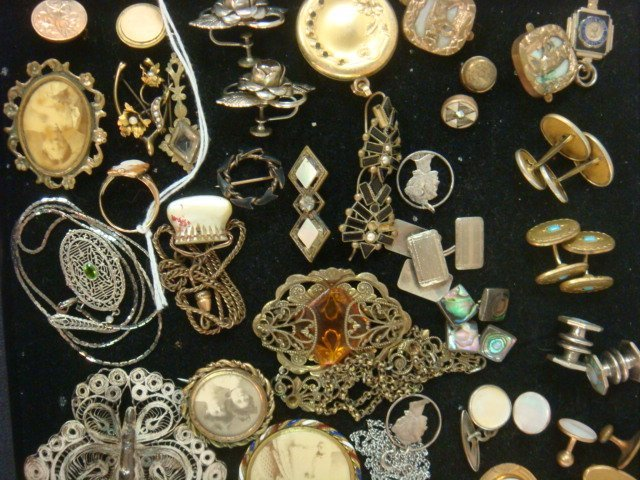Vintage Ladies and Men's Jewelry: - 2