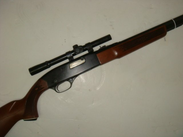 Winchester Model 290, 22 Cal Semi Auto Rifle: - 2