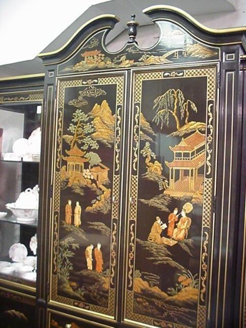 536B: 3 Section Henredon Black Lacquer Oriental Cabinet - 2