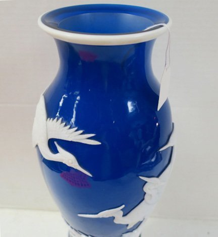 Blue and White Peking Glass Vase with Cranes: - 3