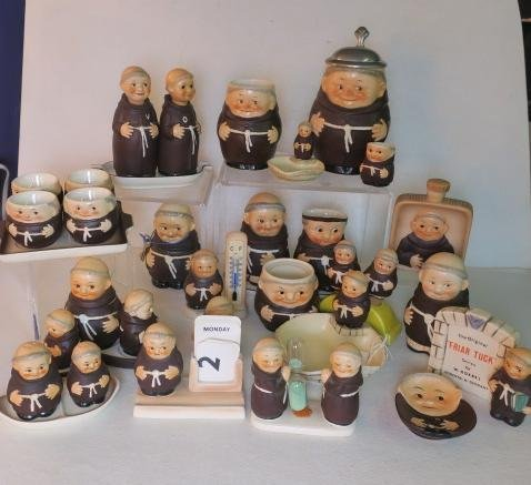 "W. GOEBEL ""FRIAR TUCK"" Series Collectibles, 30 Pcs:"