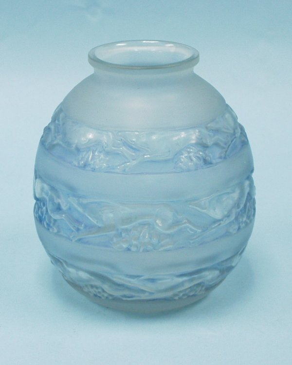 """3: ART DECO - R. LALIQUE - """"Soudan"""". A frosted and clea"""