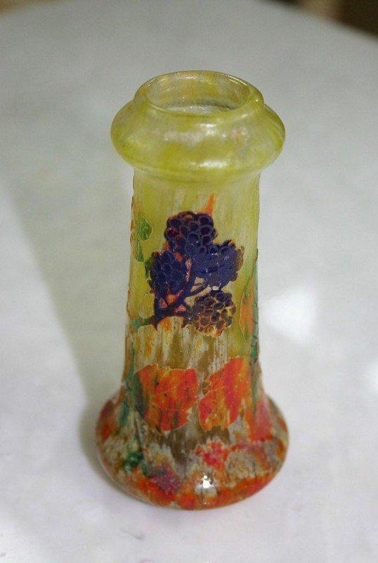 10: ART NOUVEAU - DAUM, NANCY. A French art glass minia