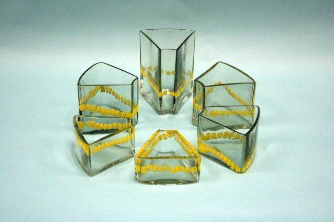 18: A set of 6 Italian 1950's Murano glass centrepieces
