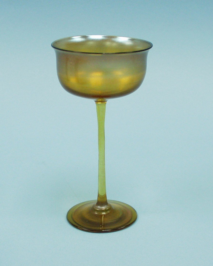24: ART NOUVEAU - L.C. Tiffany. A tall Favrile glass ve