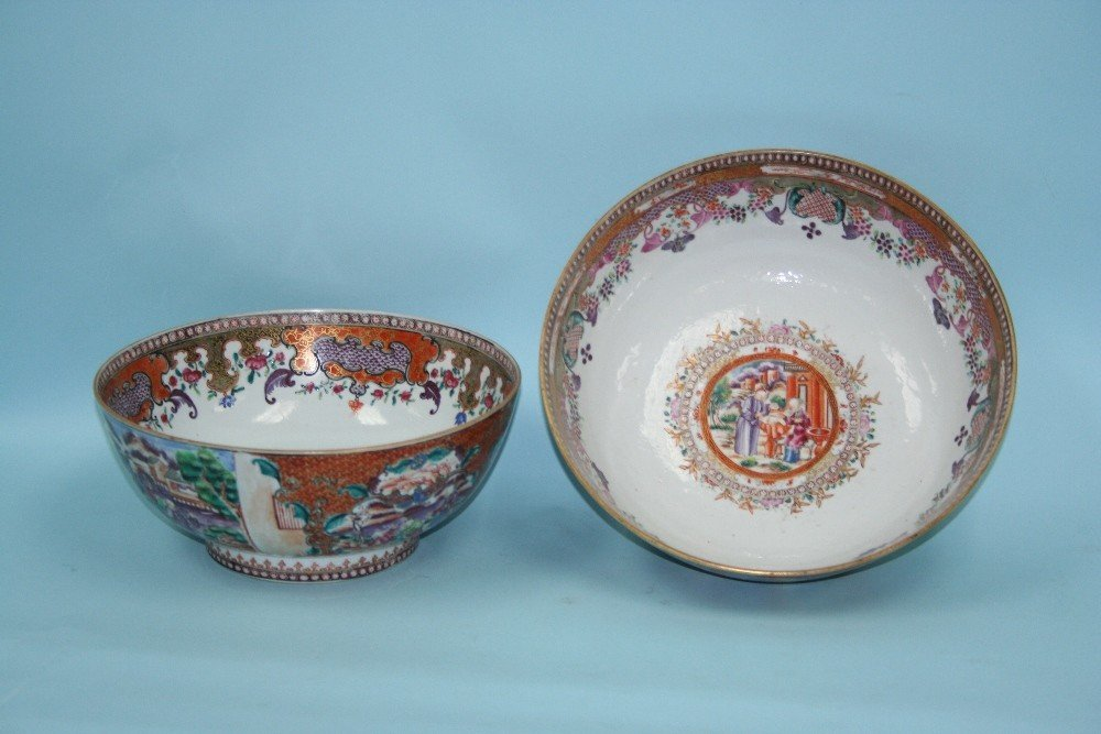 A set of two finely handpainted Cantonese por