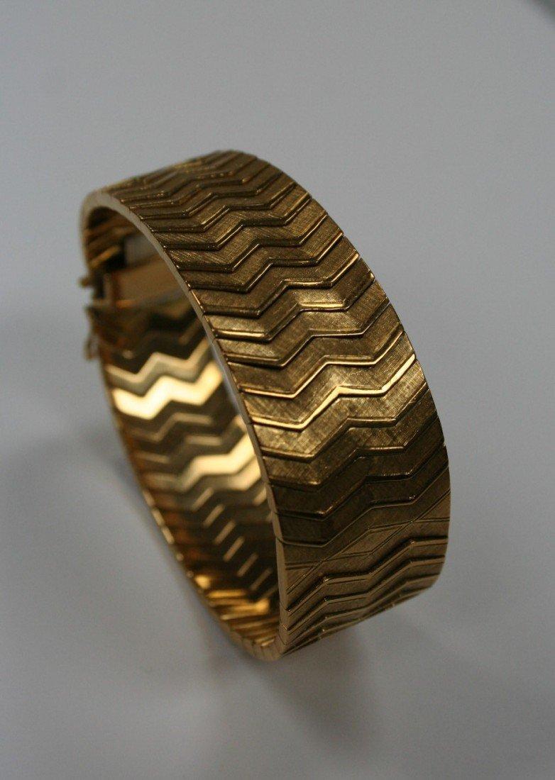 An Italian handmade 18 kt. yellow gold bracel