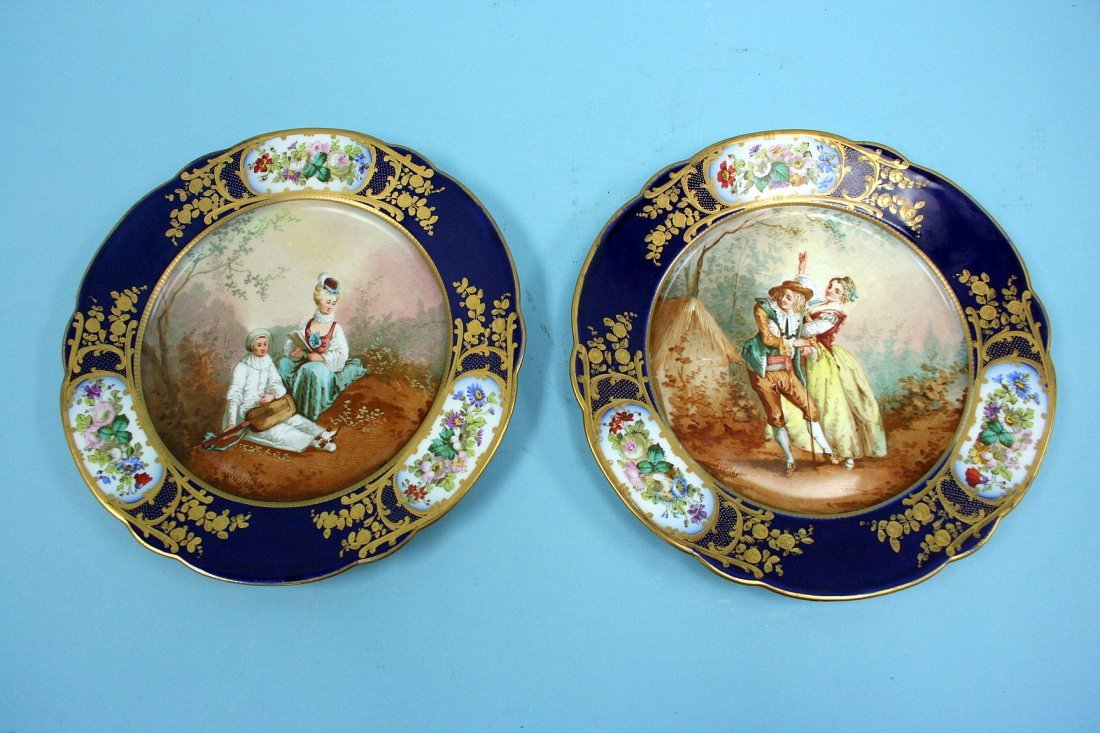 28: A fine pair of antique French Sevres, Louis Phillip