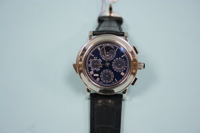 465A: IWC - SCAFUSIA - An important Swiss made gentleme