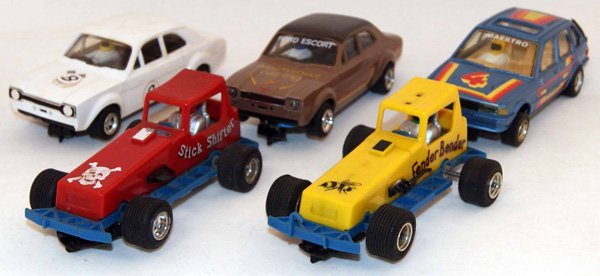 1: 5 x Unboxed Scalextric including 2 x Ford Escort, 2