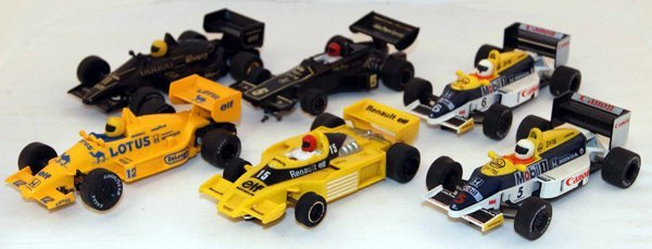3: 6 x Scalextric F1 Cars including JPS Lotus, 2 x Lotu
