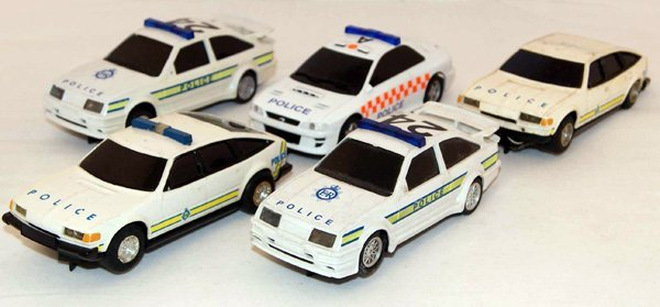 4: 5 x Scalextric Police Cars including 2 x Rover 3500,