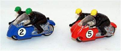 9: 2 x Unboxed Scalextric B2 Hurricane (Wheeled) includ