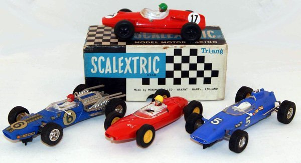 18: Scalextric C58 Cooper, Red RN 17 plus 3 x Unboxed F