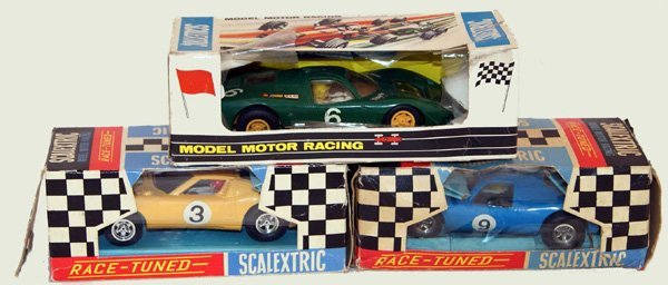 19: 3 x Scalextric GT Cars including C17 Lamborghini Mi