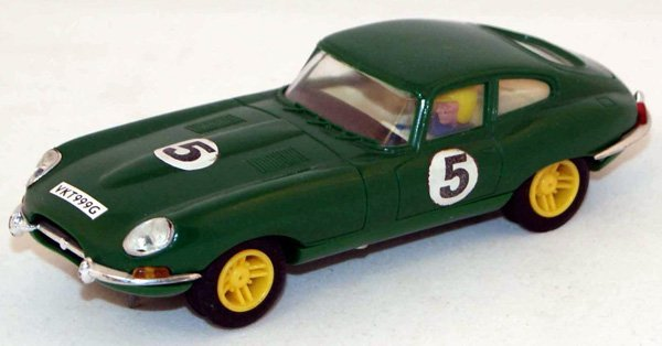 21: Unboxed Scalextric C34 Jaguar E Type.  Green with O