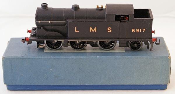 17: Hornby Dublo EDL 7 0-6-2 Tank Locomotive.  Black LM