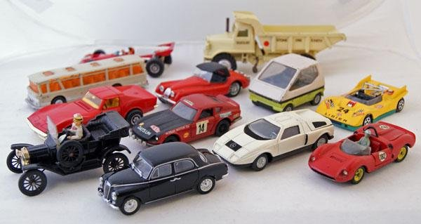 19: 15 x Unboxed Playworn including Dinky, Mercury, Cor