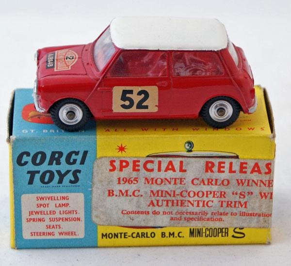 406: Corgi # 321 Monte Carlo BMC Mini Cooper S.  Red wi