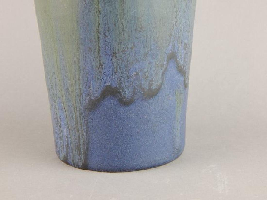 Signed Ephriam Art Pottery Blackberry Vase - 5