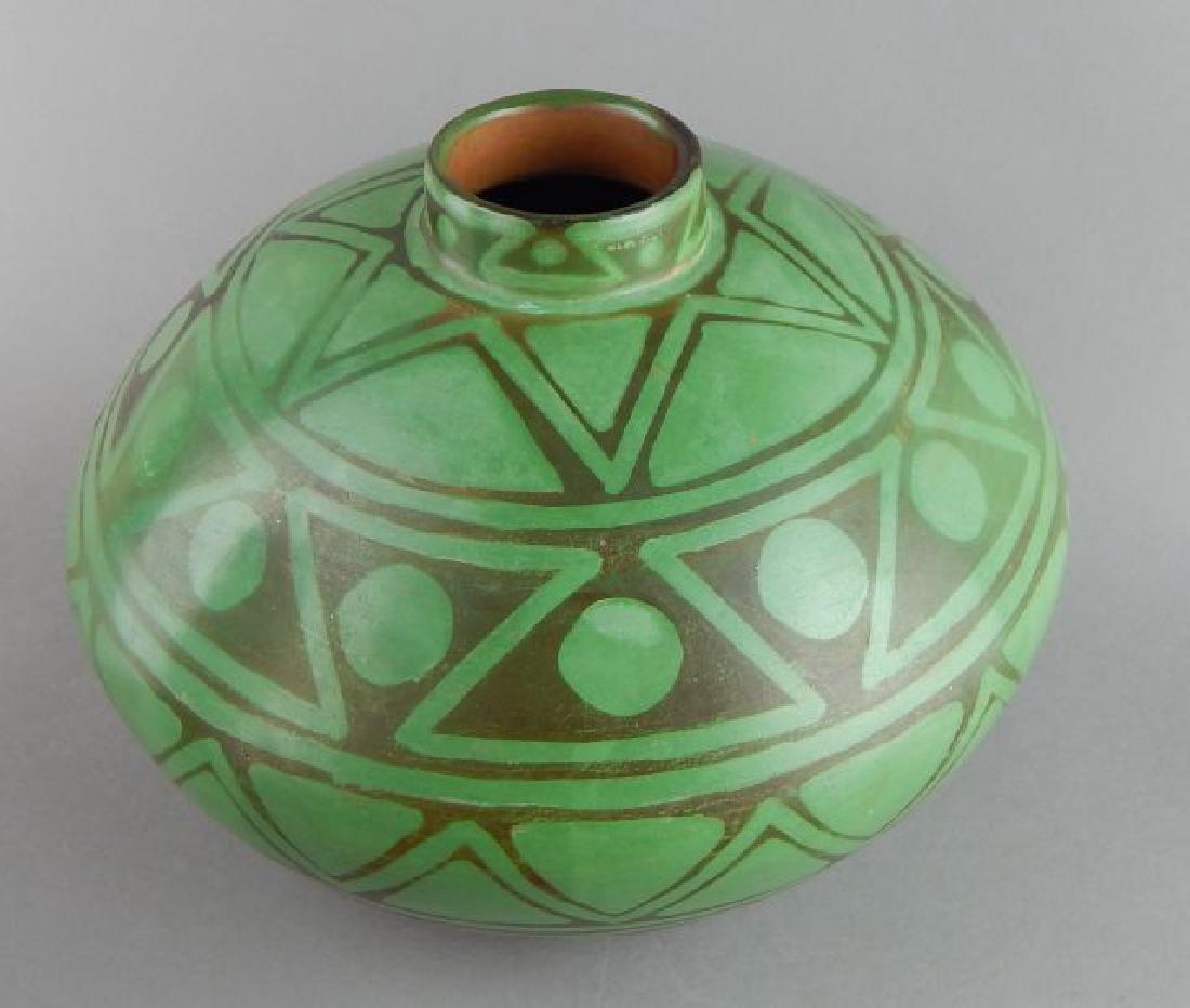 Peruvian Art Pottery Vase - 2