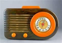1946 Fada Catalin Bakelite Bullet Streamline Radio