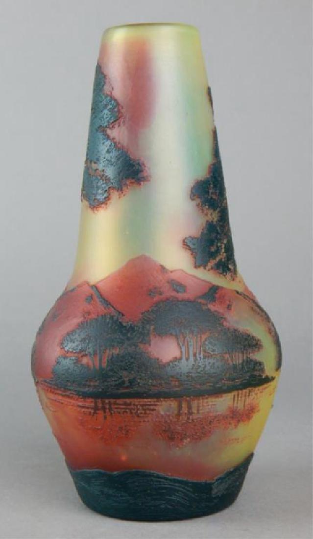 De Vez Cameo Art Glass Vase - 4