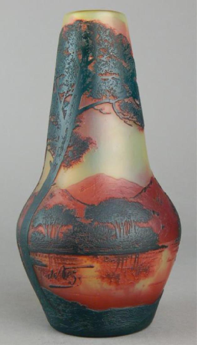 De Vez Cameo Art Glass Vase - 6
