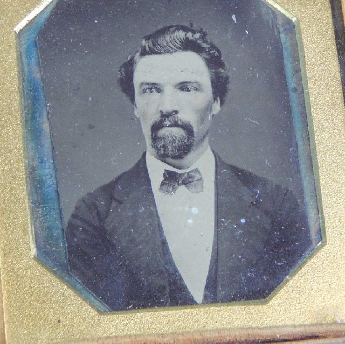 Civil War Daguerreotypes, Medals & Badges in Frame - 2