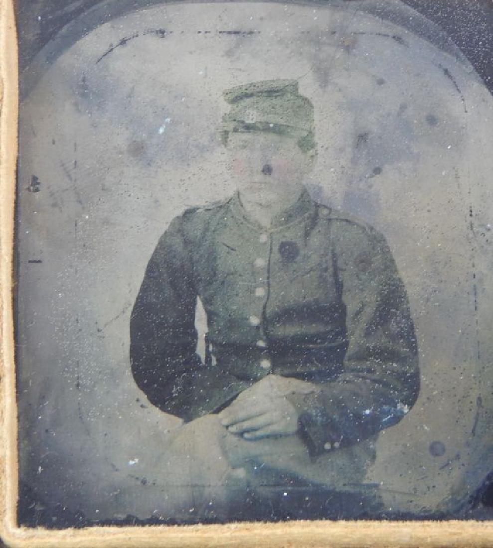 Civil War Daguerreotypes, Medals & Badges in Frame - 4