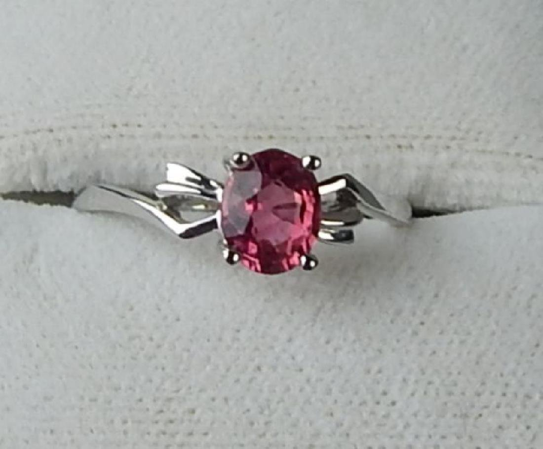 18K White Gold Pink Sapphire Ring
