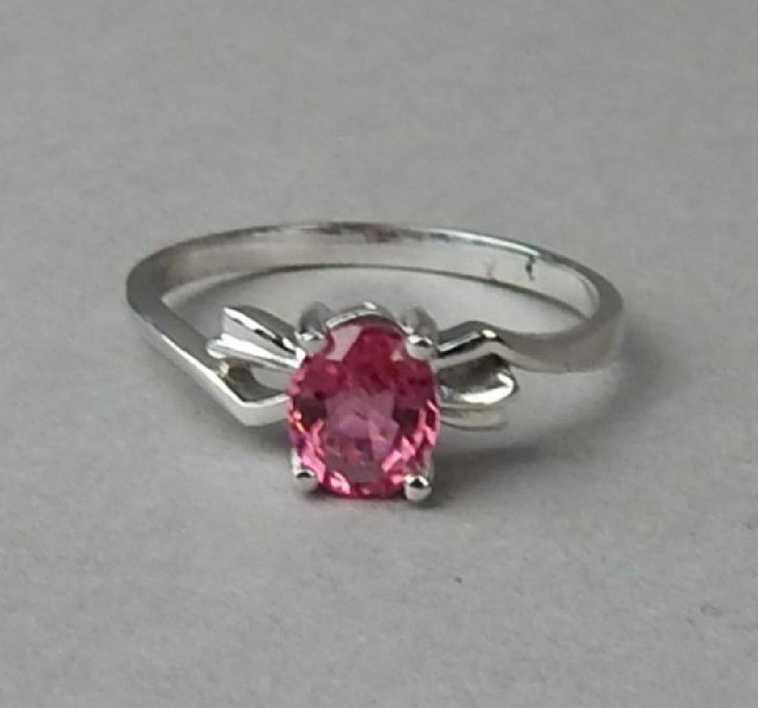 18K White Gold Pink Sapphire Ring - 2